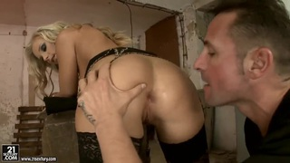 Hot blonde bitch Barbie White having her mouth and ass fucked Thumbnail