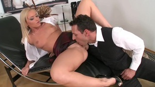 Hot Czech Secretary Fucked By Boss Thumbnail