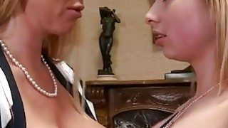 Bubble butt and busty MILF threesome sex in the livingroom Thumbnail