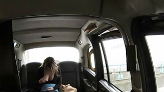 Hot blonde babe gets her tight anal fucked in the cab Thumbnail