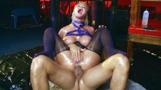 London River gets her ass fucked by two cocks Thumbnail