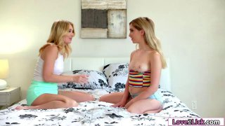 Kennas clit toyed by her lesbian friends