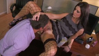 Dirty brunette slut India Summer gets her pussy polished in the office and gives a head Thumbnail