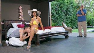 Stunning MILF Lisa Ann lays hand on pool-boy Thumbnail